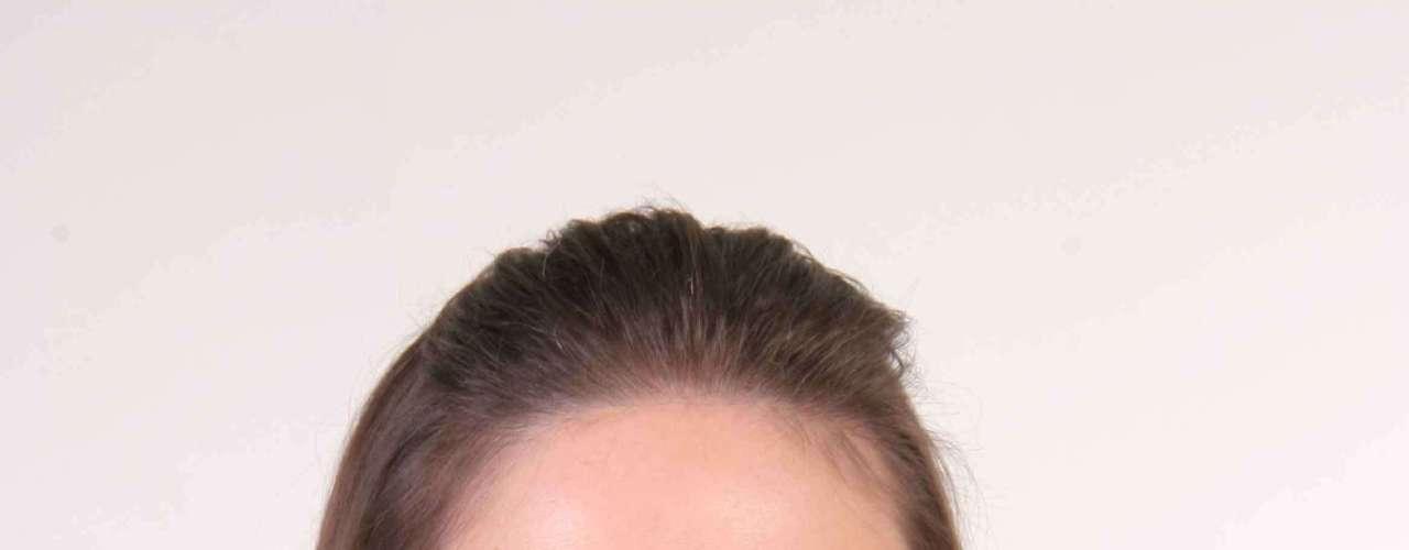 Apesar de não ter marquinhas no rosto, a pele de Rosanne exige atenção especial por ser clarinha e oleosa