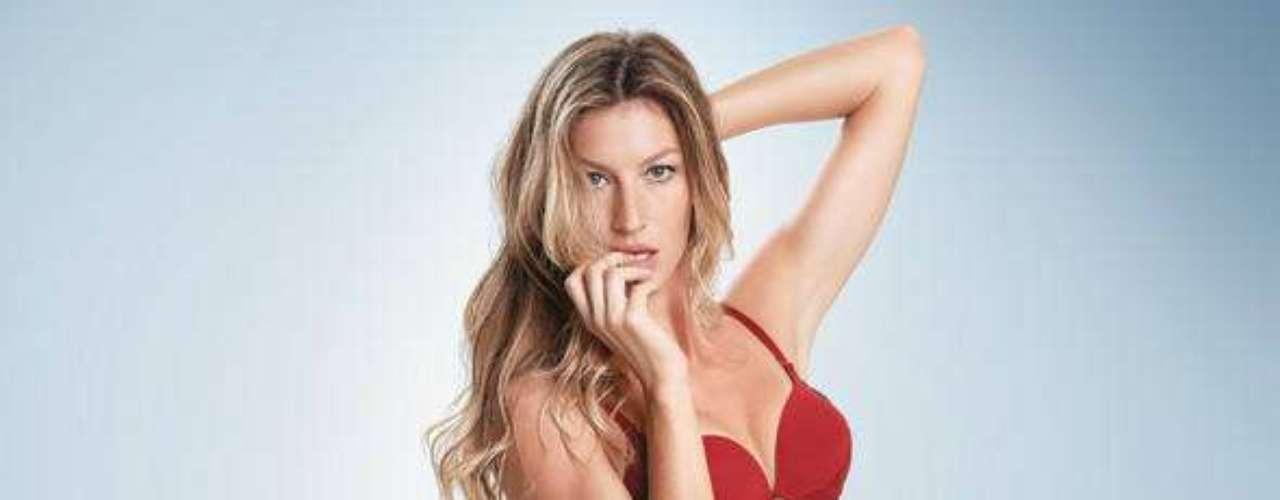 Gisele Bündchen foi clicada de lingerie para a campanha \