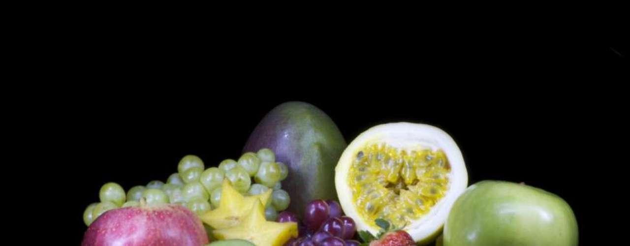 O colorido das frutas acrescenta beleza à composição do tipo \