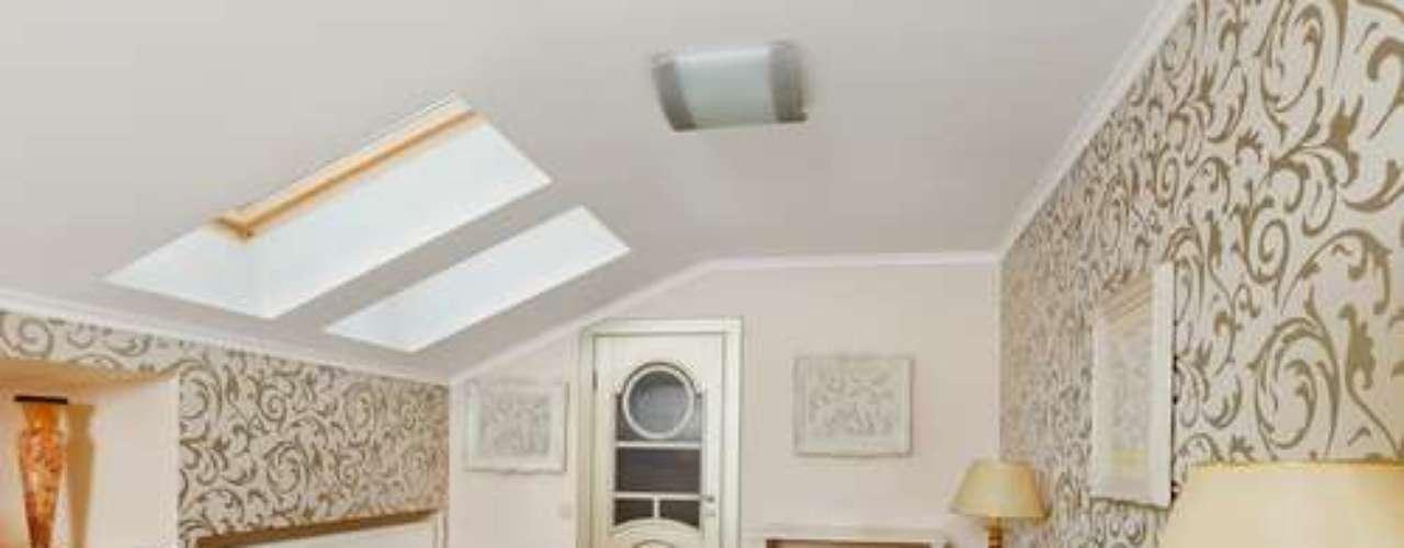 Janelas no teto devem estar previstas no projeto da casa. Caso contrário, demandam uma série de adaptações