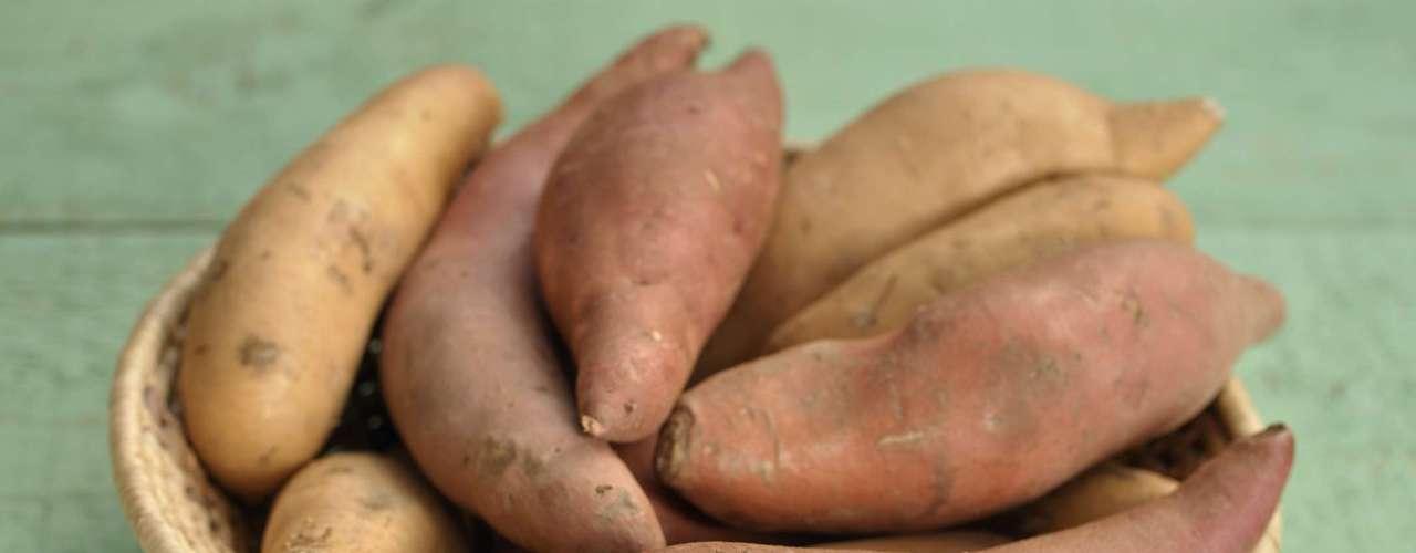 29. Batata doce - Esta também é uma ótima fonte de carboidratos lentos, além de ser saborosa