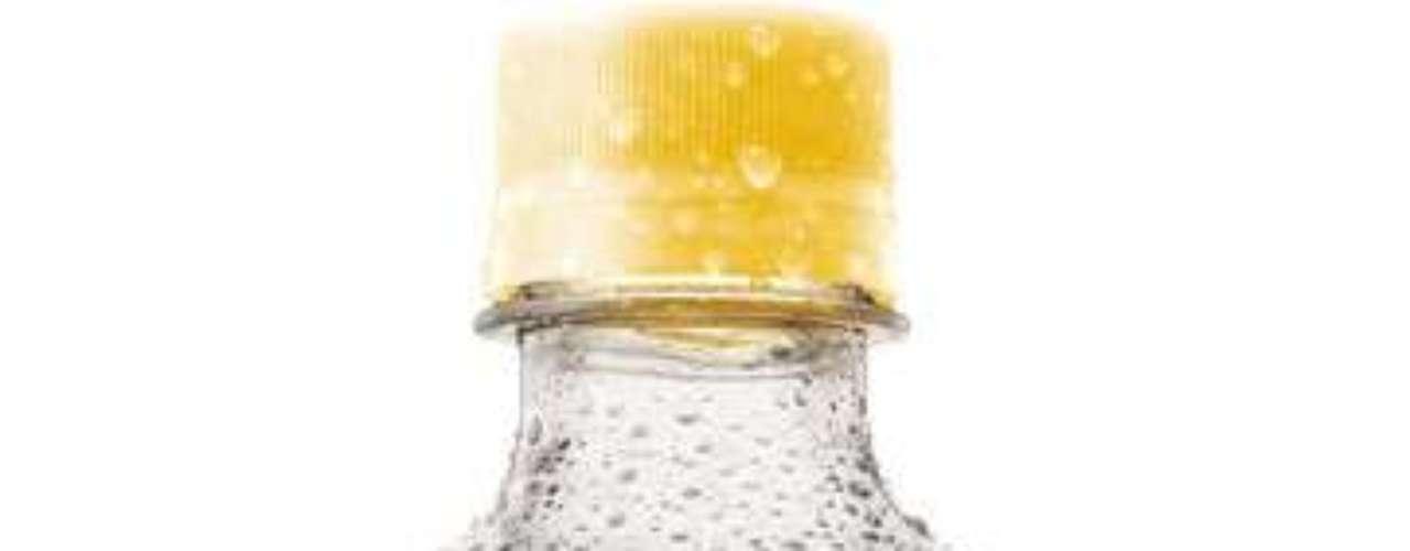 Fanta maracujá: a bebida com sabor de maracujá começou a ser comercializada no Brasil em julho, após uma eleição produzida pela marca