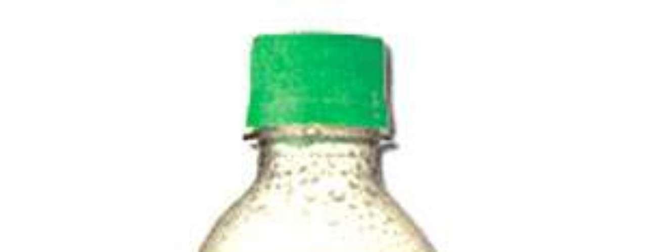 Qu4tro: refrigerante vendido na Argentina, com sabor cítrico de pomelo