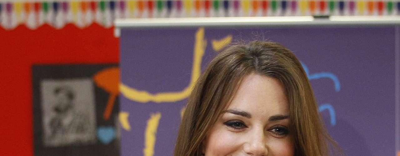 Kate Middleton, duquesa de Cambridge, é geralmente vista com olhos esfumados, look preferido dos homens