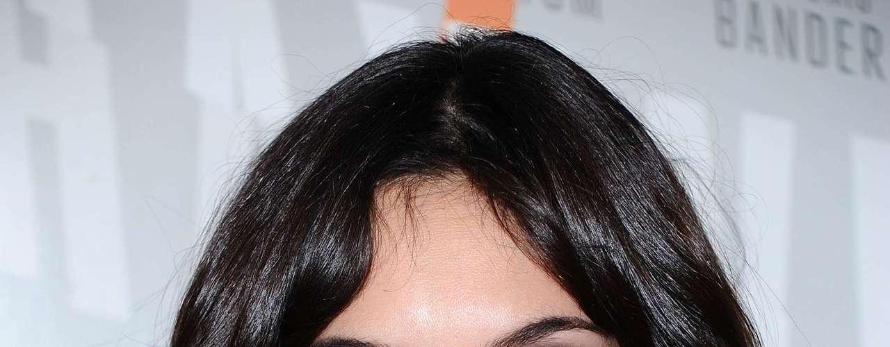 É fácil notar a diferença de cores nos olhos da atriz portuguesa Daniela Ruah. Essa é uma característica hereditária, comum em animais, como gatos, cachorros e cavalos. Os casos são bem mais raros em humanos, mas geralmente aparecem no nascimento ou dias após o parto e não apresentam complicações ou perda de visão