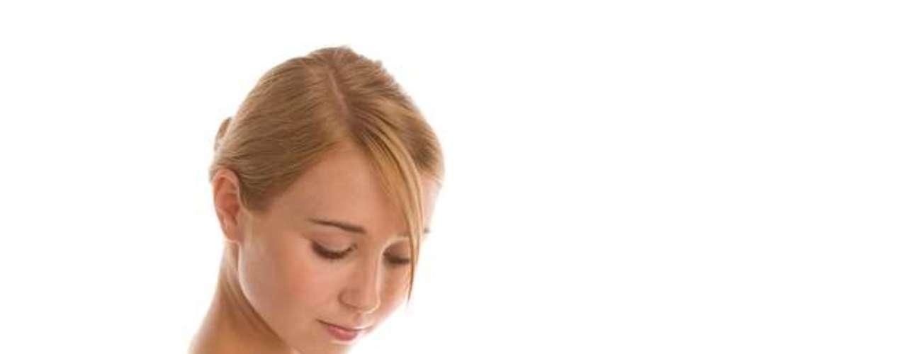 Mudança na pigmentação da pele é observada em estrias vermelhas e brancas