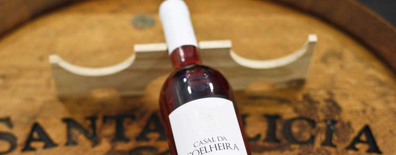 O premiado vinho português, produzino na região do Tejo, Casal da Coelheira custa R$ 42,90 na feira