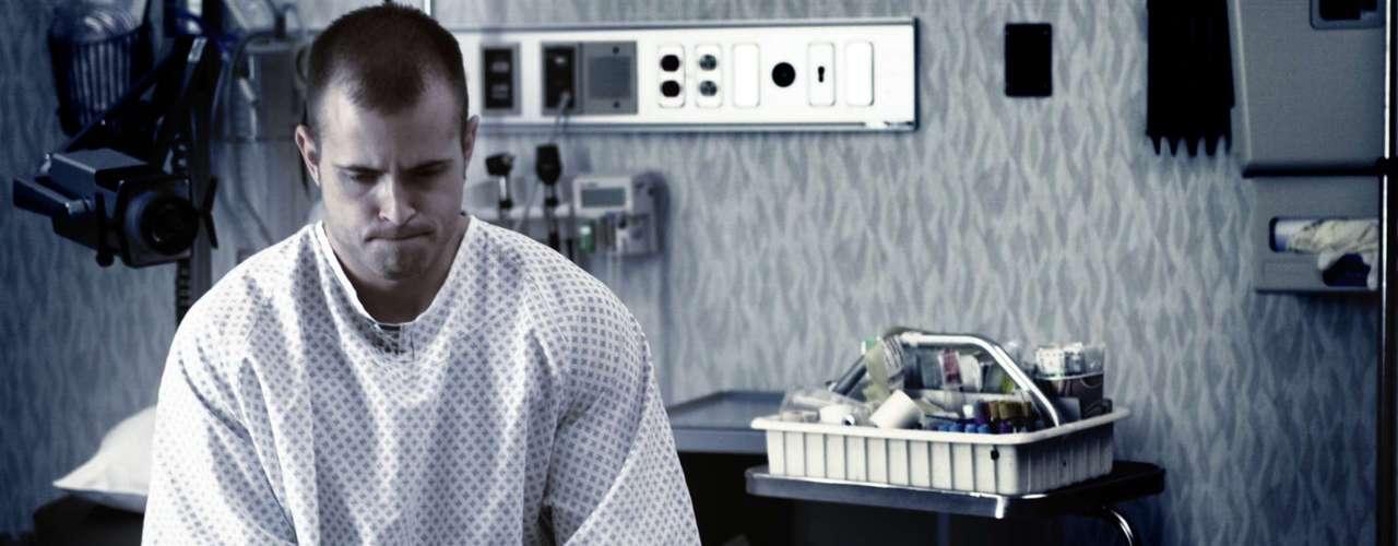Acidente Vascular Cerebral: perder a cabeça pode ser comum após ter um acidente vascular cerebral. O derrame acontece quando o fornecimento de sangue é interrompido causando a morte das células cerebrais. \