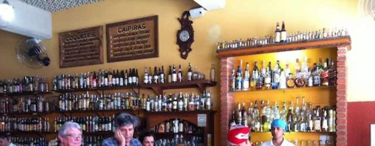 Mocotó - Carta: 15 rótulos de cervejas especiais e artesanais. Endereço: Av. Nossa Senhora do Loreto, 1100  Vila Medeiros. Telefone: (11) 2951-3056. Horário de funcionamento: de segunda a sábado, das 12h às 23h, e domingo, das 12h às 17h