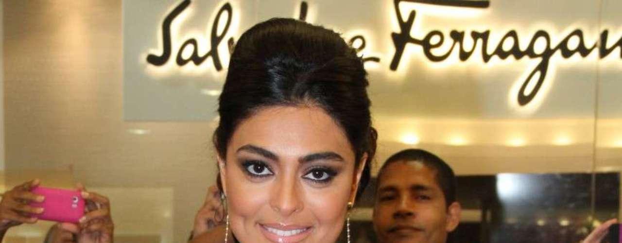 Assinada pela atriz, a nova fragrância foi feita em parceria com o Grupo Puig