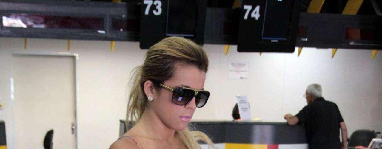 Desde que ganhou o concurso de beleza, Rosana não para de viajar pelo Brasil para cumprir compromissos profissionais