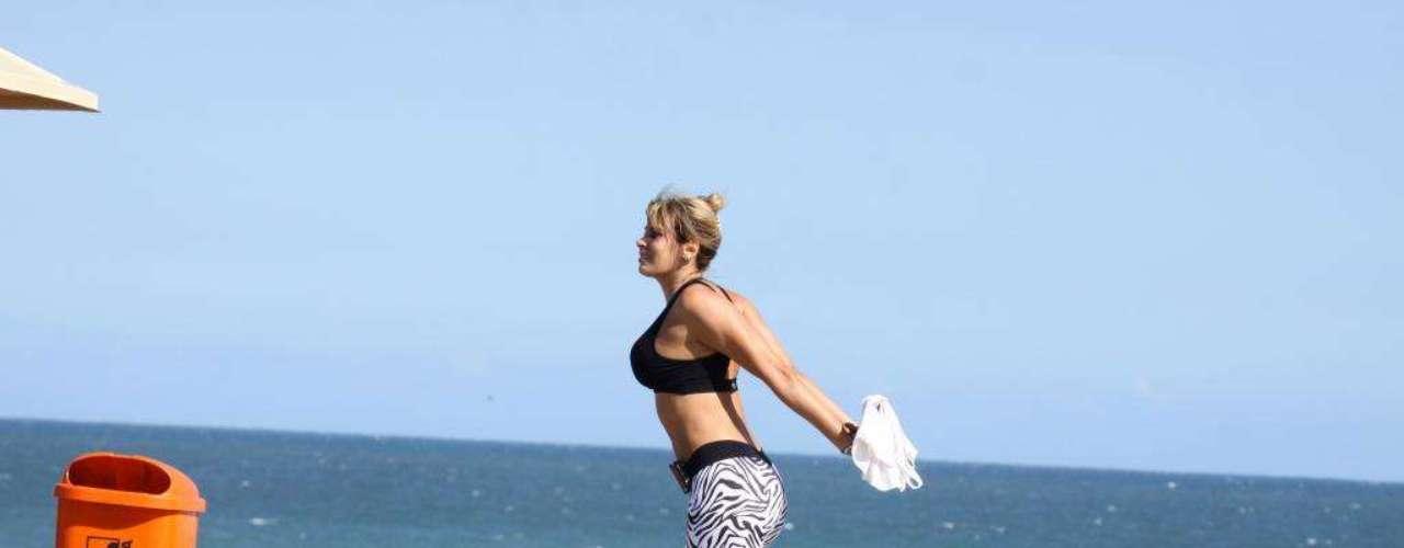 Angela não dispensa hábitos saudáveis, como praticar exercícios físicos ao ar livre