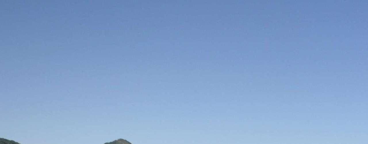 Rio de Janeiro, RJ, Brasil - Por R$ 1.481 por pessoa, o cliente da Flot Operadora Turística tem direito a um pacote com passagens aéreas, três noites de hospedagem no hotel Armação dos Búzios com café da manhã, traslados e assistência de viagens. As saídas acontecem entre os dias 20 de setembro e 10 de novembro