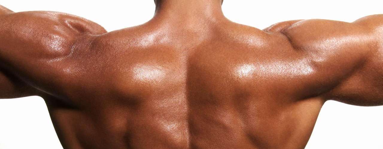 Para o personal trainer Rodrigo Sangion, o número de repetições ideal para quem quer hipertrofia é de 8 a 12 com intervalos de cerca de 1 minuto entre cada série. Já se o objetivo é apenas definir a musculatura é recomendado de 12 a 15 repetições com intervalos de cerca de 45 segundos. E quem quer fortalecer os músculos para evitar lesões as repetições podem ficar entre 15 e 20 com este mesmo intervalo