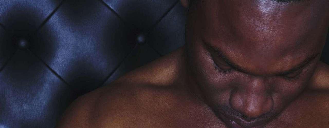 Para fazer um treino equilibrado e desenvolver as musculaturas proporcionalmente é preciso trabalhar costas, peitoral, ombros, bíceps e tríceps. Segundo Everton, as atividades leves e moderadas pedem um intervalo de 24 horas enquanto as mais intensas precisam de 48 horas de intervalo, para respeitar o limite do corpo