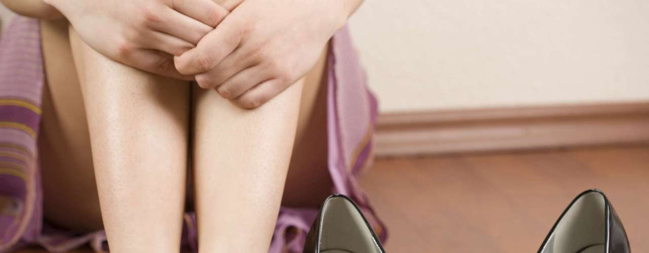 Por que forma o joanete? Há dois principais motivos que podem causar o joanete: predisposição e uso de calçados inadequados. \