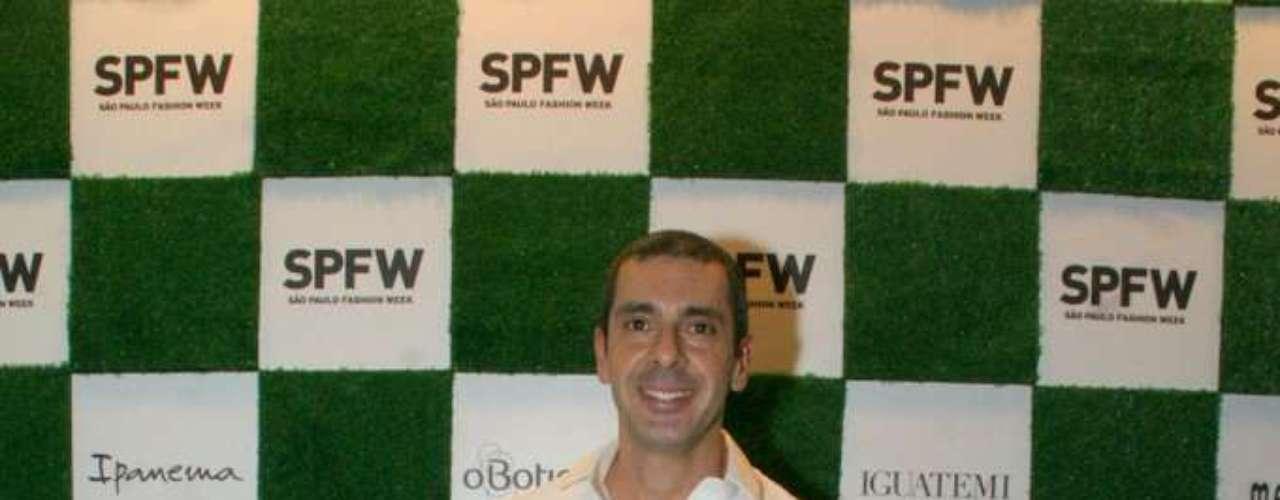 Alexandre Taleb, consultor, foi ao Parque Villa-Lobos, onde ocorre a semana de moda paulista