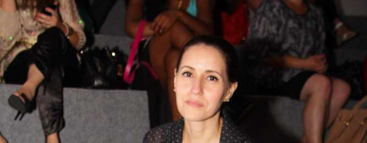 Silvana Holzmeister, jornalista, estava na primeira fila do desfile de João Pimenta