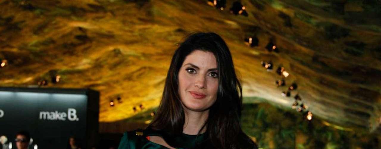 A apresentadora Isabella Fiorentino marcou presença no Parque Villa-Lobos para conferir a coleção do estilista Alexandre Herchcovitch