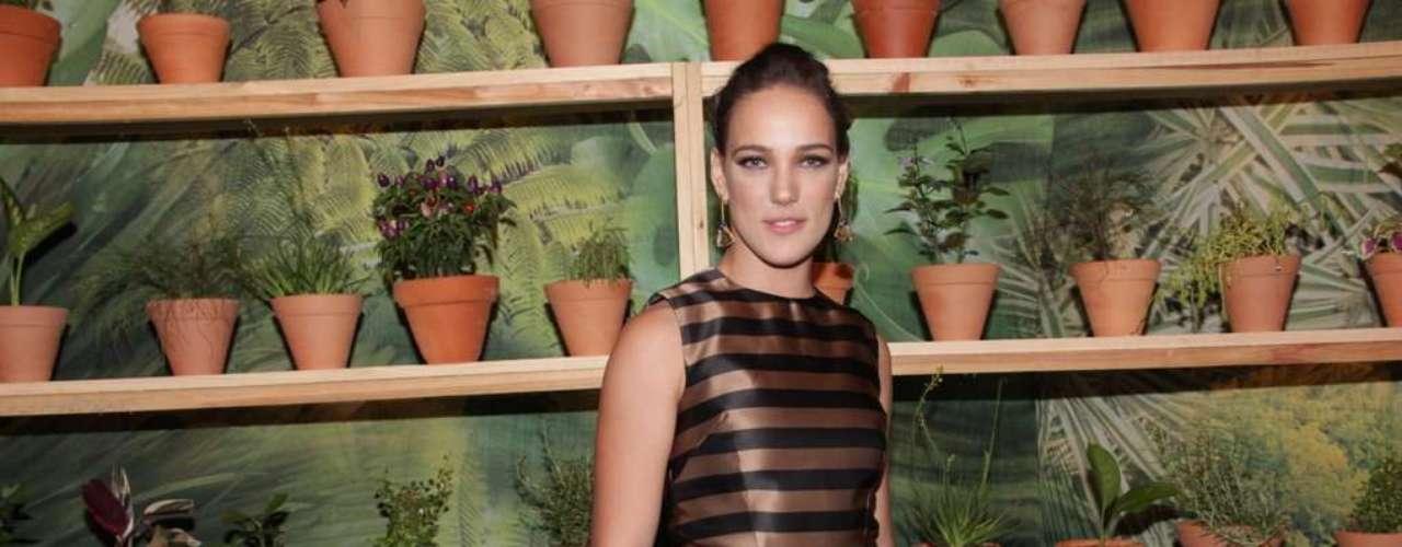 A atriz Adriana Birolli esteve na noite desta quarta-feira no SPFW para prestigiar o desfile da Forum. \