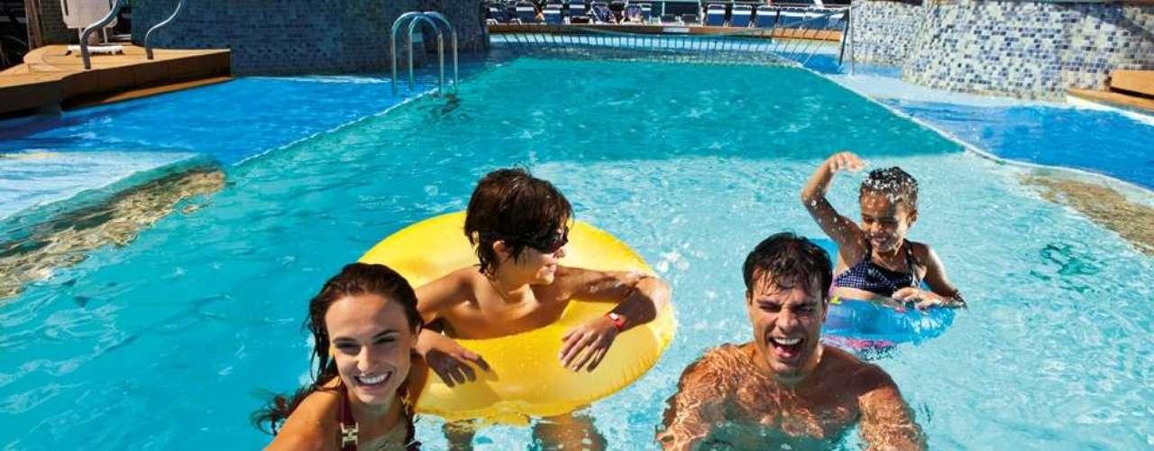 Navios focados em atividades para família oferecem uma grande de programação intensa para divertir a garotada