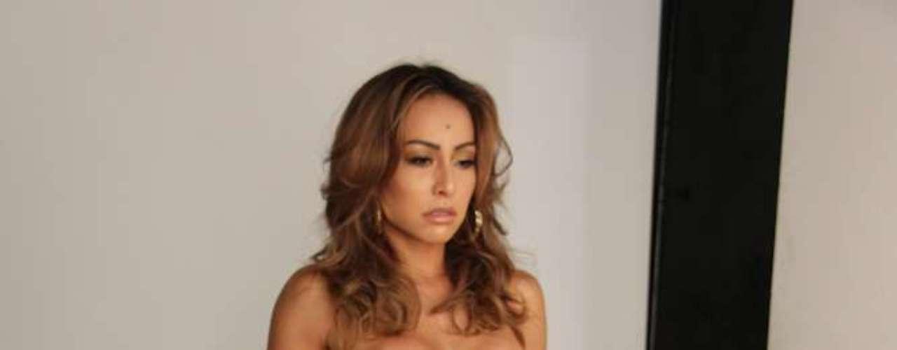 Ela foi clicada pelo fotógrafo André Schiriló usando biquíni