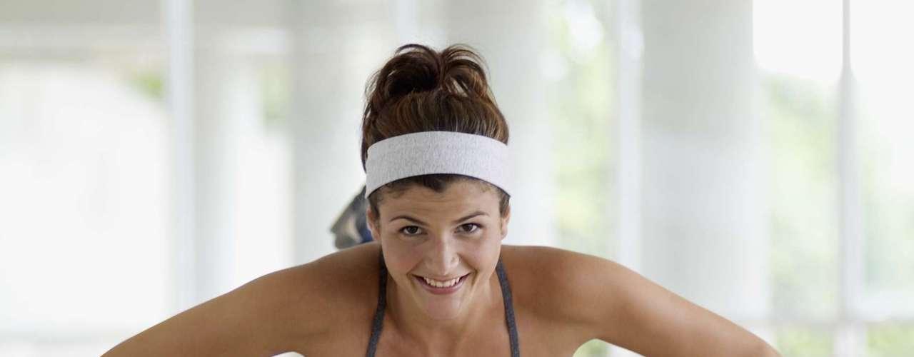 Fazer o máximo de flexões que conseguir - 45 calorias