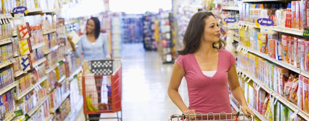 Fazer compras rapidamente no supermercado - 22 calorias