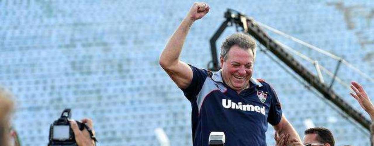 Campeão brasileiro com o Fluminense, Abel Braga desponta como o principal treinador do Brasil no ano de 2012