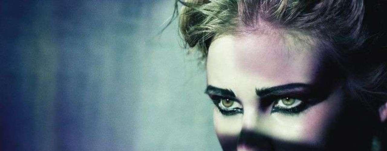 As imagens foram feitas para o M Le Monde Beauty, suplemento de beleza do Le Monde, jornal francês