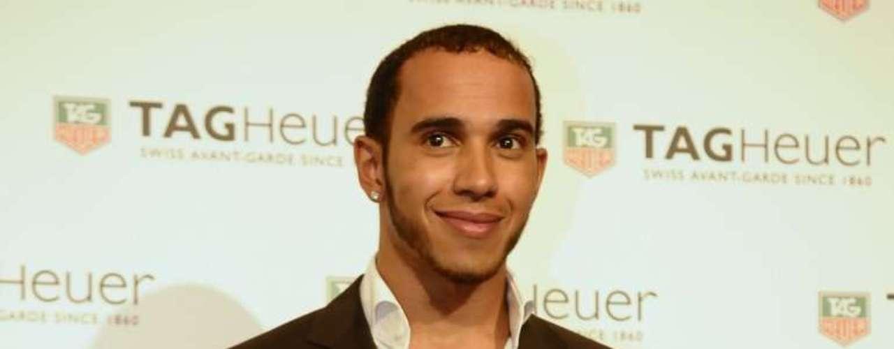 No Brasil para o GP do próximo domingo, Hamilton aproveitou para prestigiar o evento