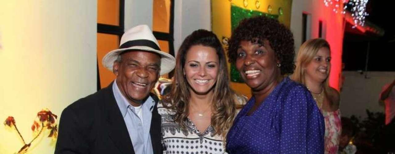 Antônio Pitanga, Viviane Araújo e Benedita se juntaram para foto