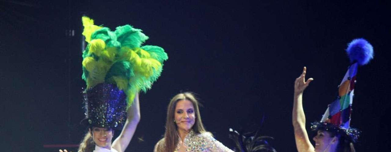 Ivete Sangalo começou a festa do final de semana na sexta-feira (30), com show em São Paulo