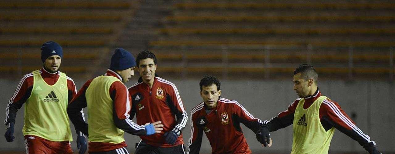Jogadores do Al Ahly iniciaram nesta segunda-feira os treinos em solo japonês