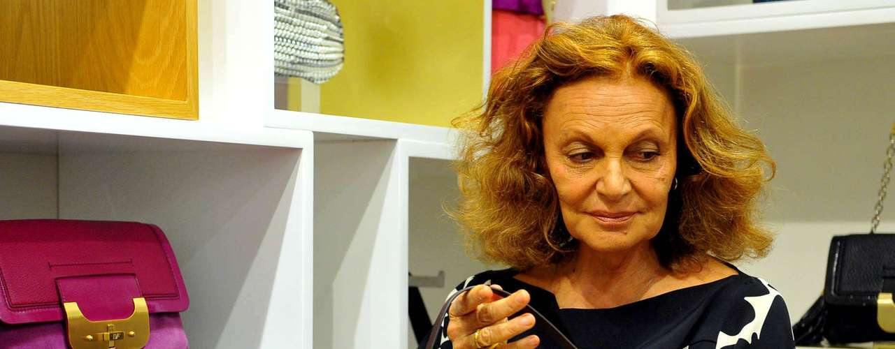 Diane contou que, para desenvolver suas coleções, acompanha as transformações do público feminino. \