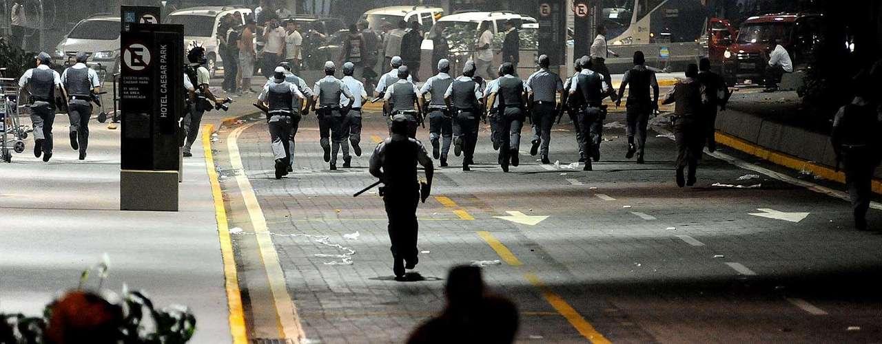 Nenhum policial ficou ferido durante o confronto