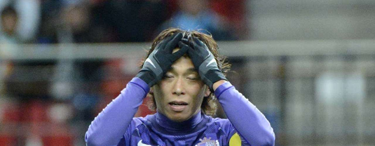 Hisato Sato perdeu grande chance no fim e viu o Sanfrecce Hiroshima ser eliminado