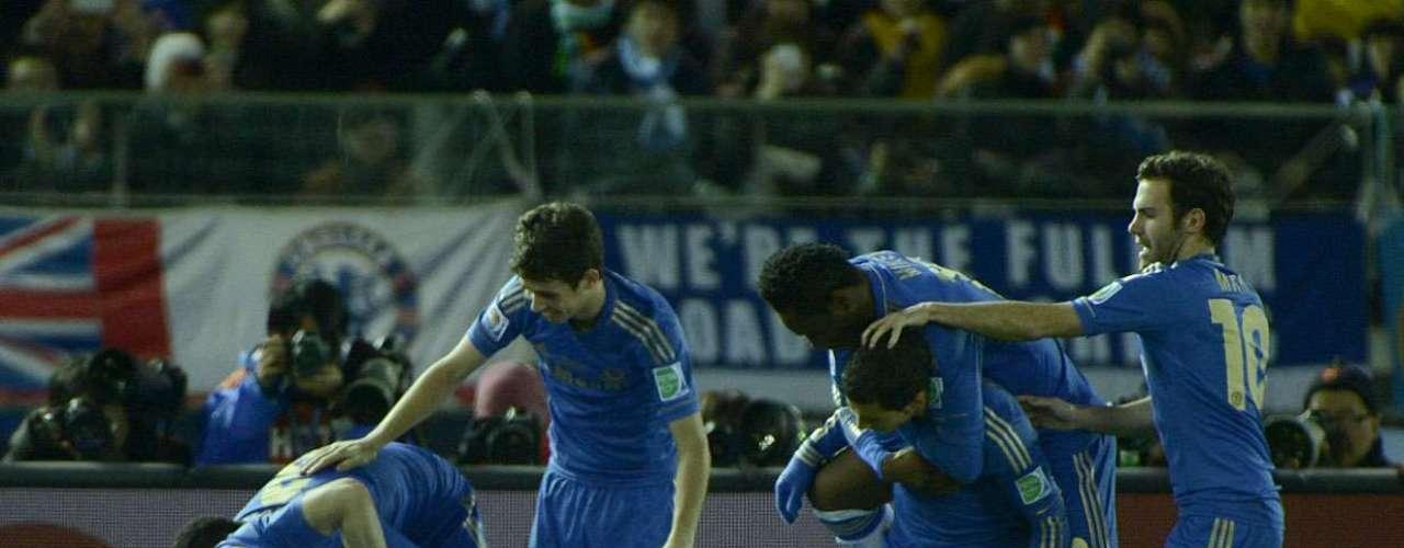 Não houve zebras na semifinal do Mundial de Clubes. Favorito absoluto à vaga na decisão, o Chelsea venceu facilmente o Monterrey por 3 a 1 nesta quinta-feira, em Yokohama, e se credenciou a disputar o título no domingo diante do Corinthians, que passou pelo Al Ahly (1 a 0) na quarta