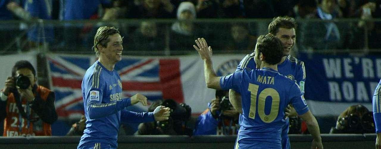 Mata vibra com gol marcado pelo companheiro Fernando Torres