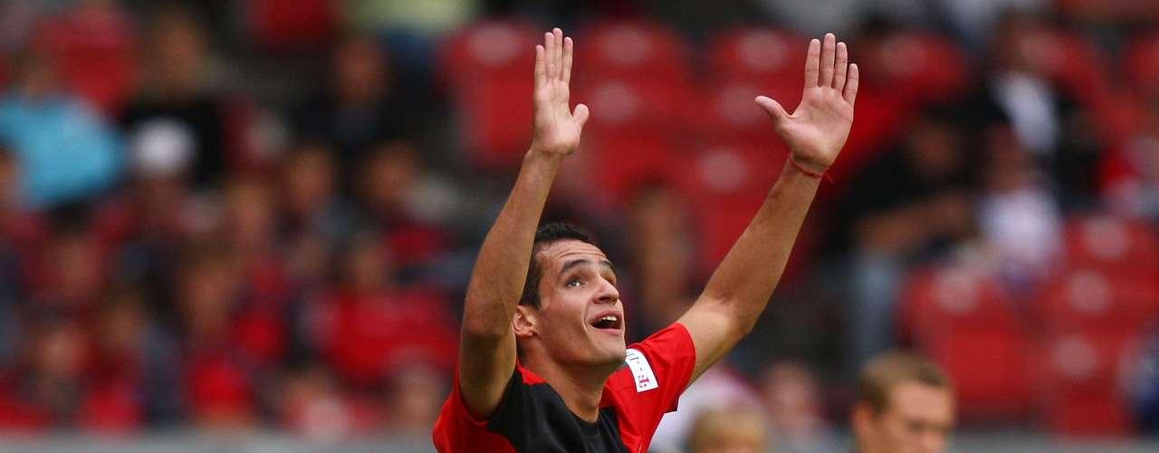 Meia Renato Augustotrocou oBayer Leverkusen pelo Corinthians