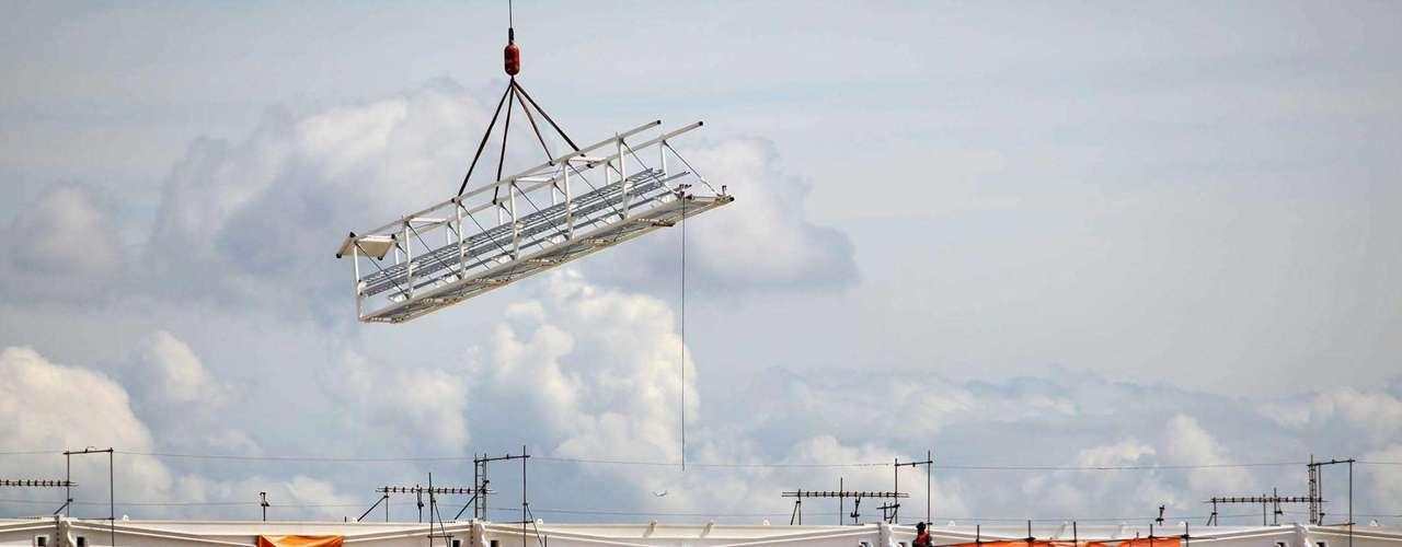 27 de dezembro de 2012:Os trabalhos no estádio estão na reta final para a abertura