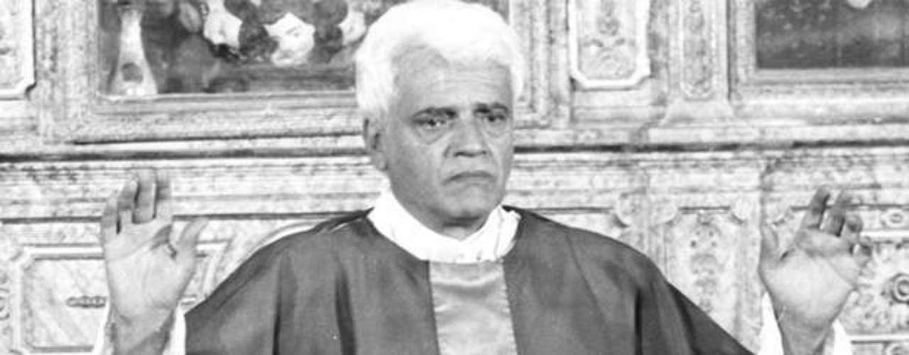 Na minissérie 'O Pagador de Promessas', de 1988, como o Padre Olavo
