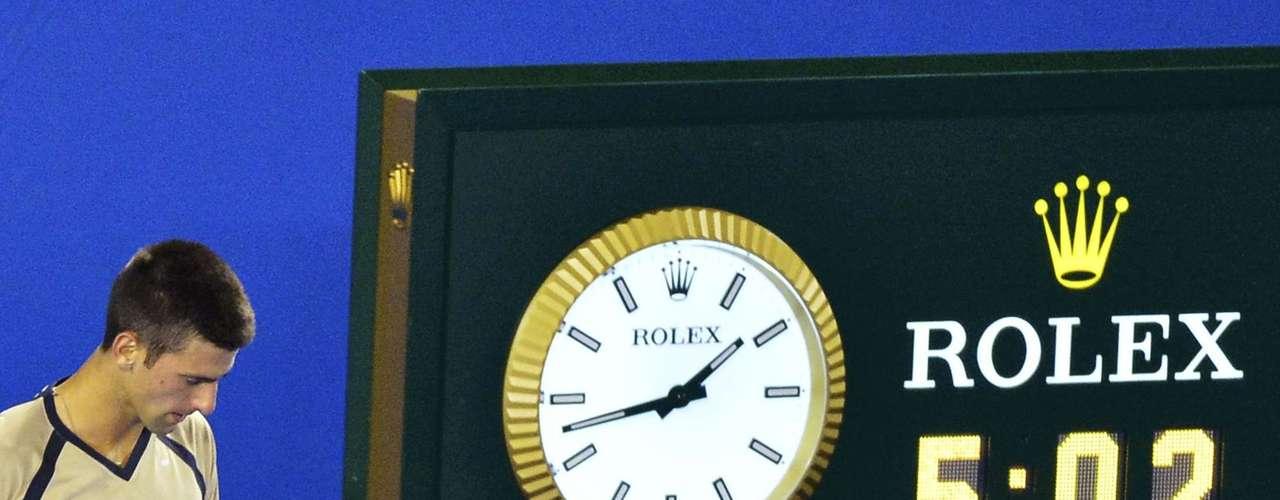 Relógio indica duração da partida que levou Djokovic às quartas de final do Aberto da Austrália