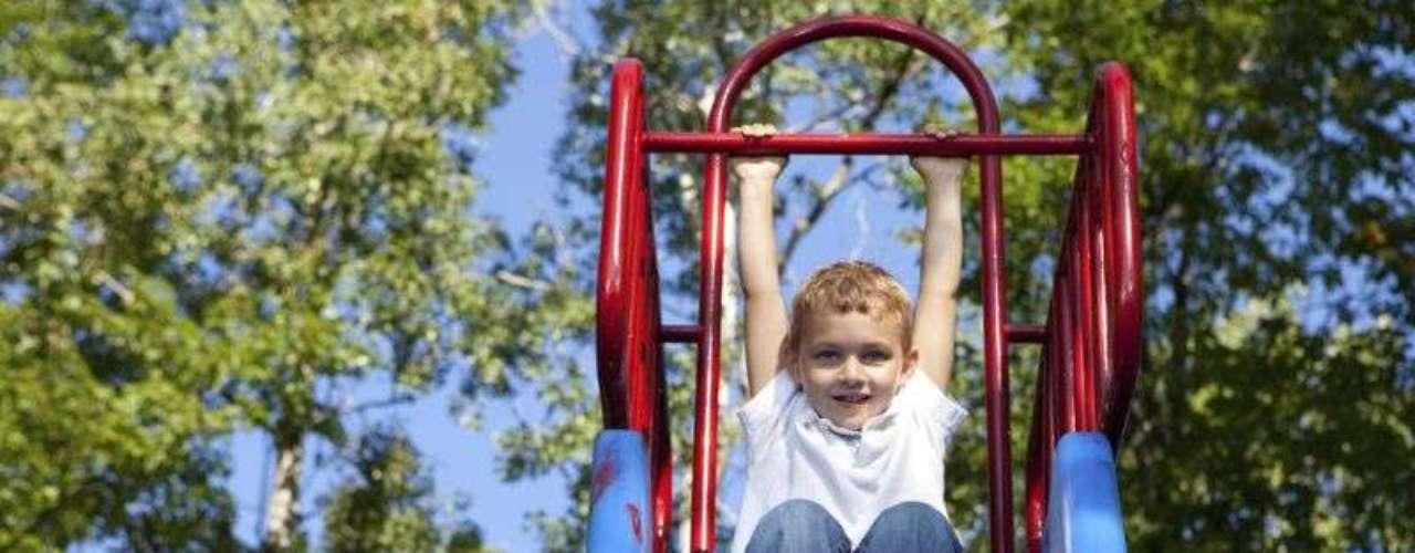 A ABNT recomenda que os brinquedos tenham, no máximo, 1m50cm