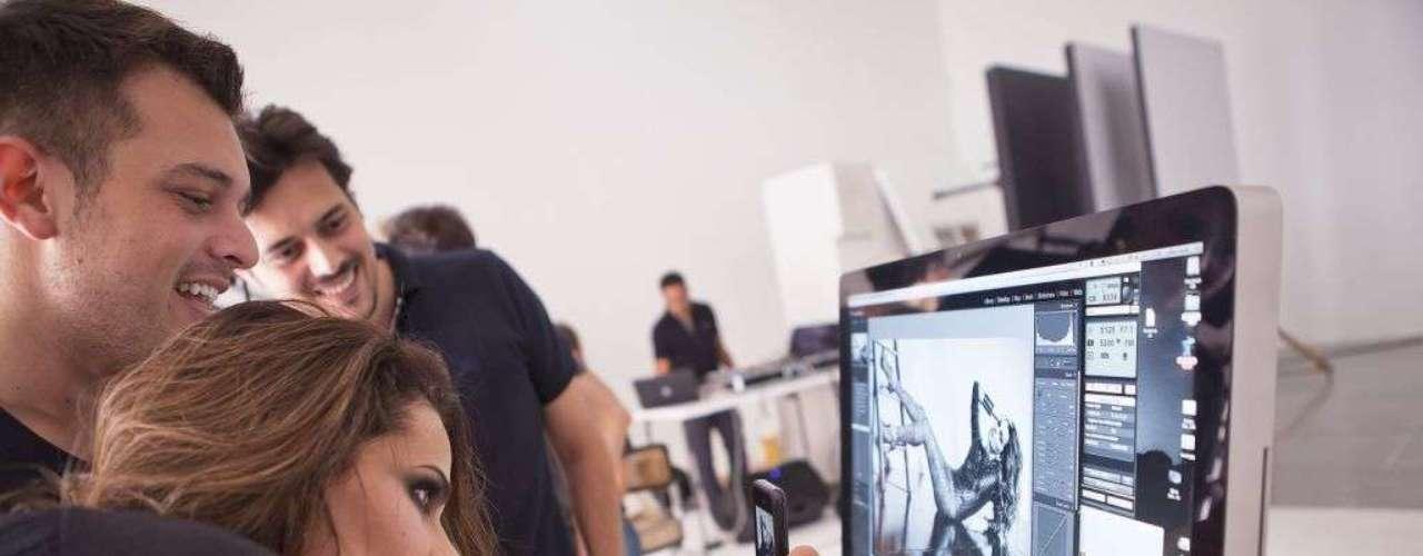 Fernanda Motta conferiu de perto o resultado do ensaio