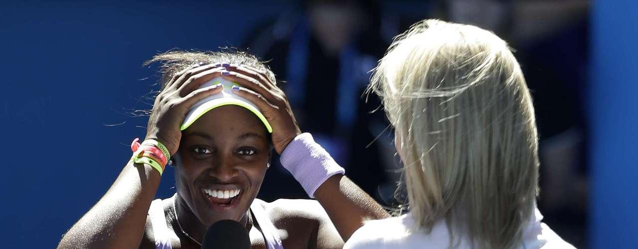 Segundo o site oficial do Aberto da Austrália, Stephens tem um pôster de Serena no quarto de sua casa, e já descreveu a veterana, 31 anos, como sua deusa no tênis. Na entrevista após a partida, ela brincou: \