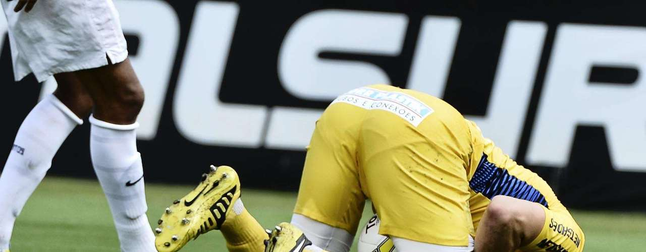 Após primeira etapa sem grandes sustos, o goleiroGabriel Gasparotto teve trabalho na segunda etapa