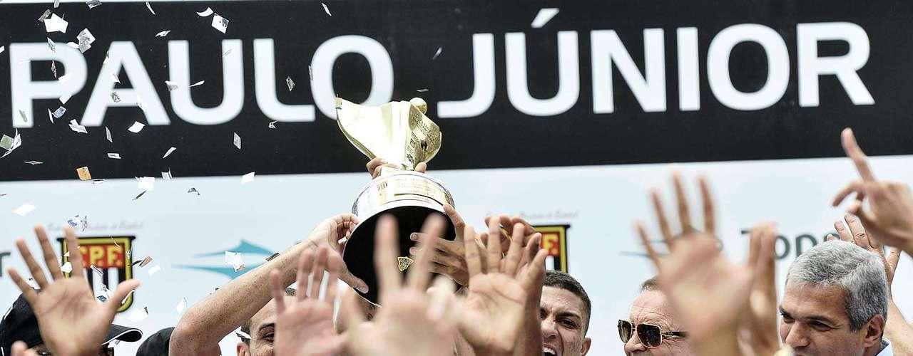 Presidente da CBF, José Maria Marin também participou da cerimônia de premiação aos campeões da Copa São Paulo