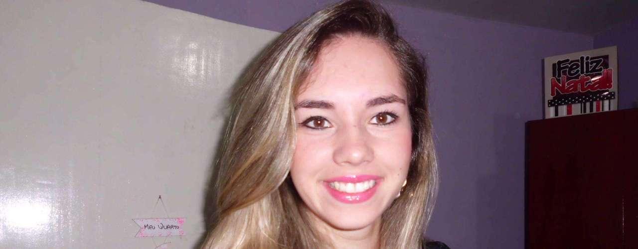 A telefonista Natana Pereira Canto foi uma das vítimas da tragédia de Santa Maria, no Rio Grande do Sul