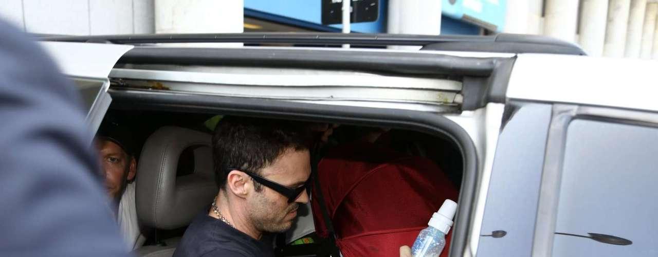 Megan Fox chega ao Rio de Janeiro para o Carnaval